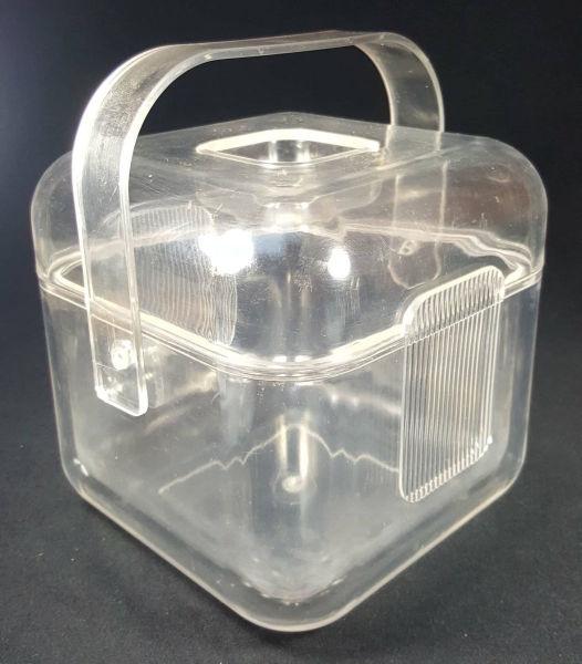 b26770fea DESIGN ANOS 60/70-pequena geleira em acrilico com alca.18cm