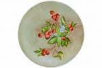 Belíssimo Prato para Bolo ou Decorativo, assinado Léa C. Lima 1991, com decoração frugal e floral, pintada à mão. Diâmetro: 25,5 cm. xv